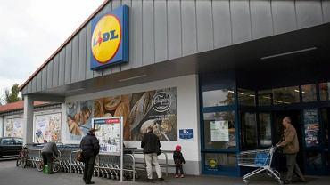Podwyżki pensji w Lidlu zaczną się w marcu.