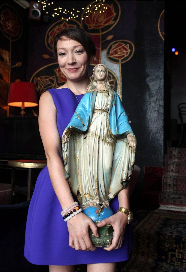 Figurki Maryi znikn�y z popularnej knajpy. Przez urz�dnika
