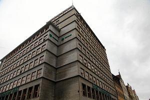 Cenny budynek na rynku wystawiony na sprzedaż. Czy zdążą wpisać go do rejestru zabytków?