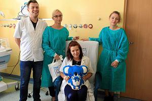 Lena i jej mama przetestowały w Katowicach fotel do kangurowania