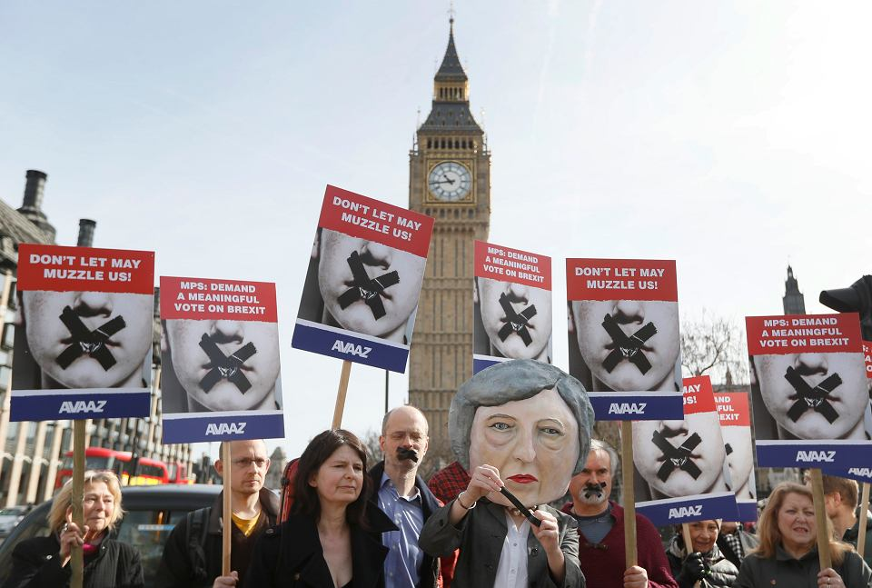 Brexit protest w pobliżu parlamentu brytyjskiego