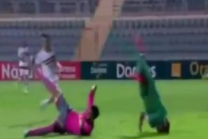 Puchar Konfederacji CAF. Dramatyczny upadek Rodiego N'Daye [WIDEO]