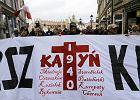 Narodowcy przeszli w Marszu Katyńskim. Dostało się m.in. Wisławie Szymborskiej