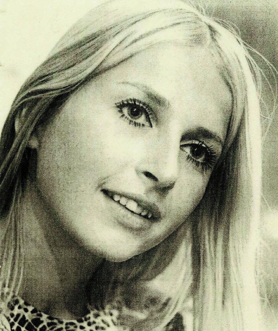 Elżbieta Hołoweńko w wieku lat 19