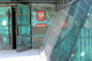 KRS przepytuje kandydatów na sędziów Sądu Najwyższego za zamkniętymi drzwiami