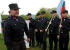 Marian Kotleba i cz�onkowie jego partii LSNS