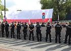 """Strażacy musieli ustawiać barierki pod Sejmem. """"Po raz pierwszy od 1989 r. Straż Pożarna została użyta do działań politycznych"""""""