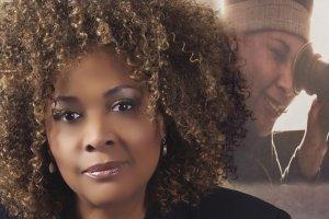 """Julie Dash: Ze smutkiem patrz�, jak czarne celebrytki w telewizji deklaruj� """"Nie jestem Afroamerykank�. Jestem Amerykank�"""""""