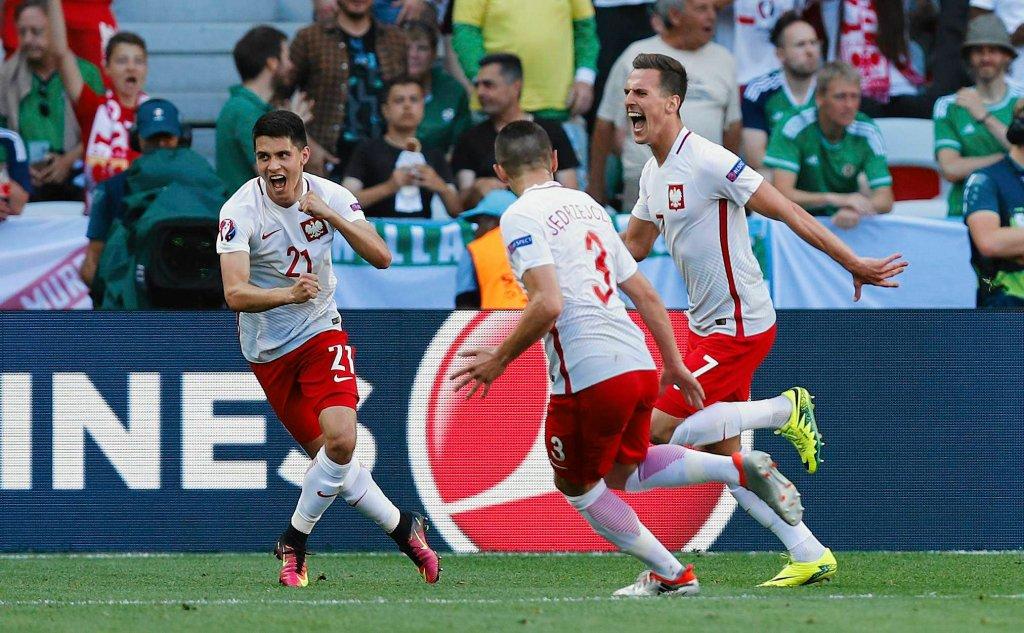Zdjęcie numer 8 w galerii - Euro 2016. Polska - Irlandia Płn. Lewandowski: To nawet nie był pierwszy krok