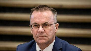 Pełnomocnik rządu ds. obchodów 100-lecia odzyskania niepodległości Jarosław Sellin podczas konferencji prasowej inaugurującej obchody