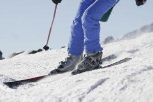Urazy kolan w sezonie zimowym - leczenie i zapobieganie
