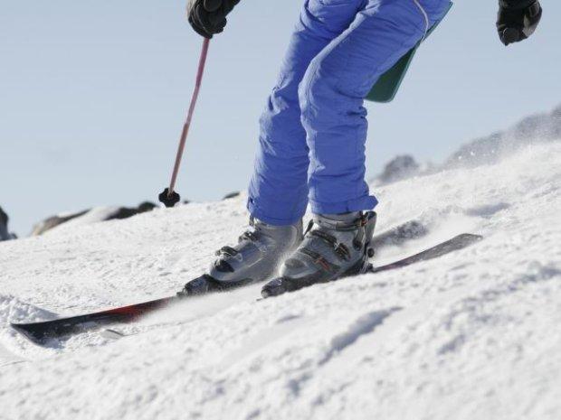 Urazy kolan to najcz�stsze kontuzje, jakie dotykaj� narciarzy.