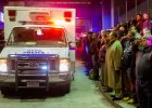 Wzruszaj�cy gest. Nowojorscy policjanci oddali ho�d zamordowanym kolegom
