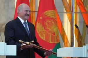 �ukaszenka zakazuje kryzysu na Bia�orusi
