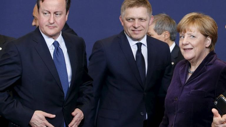 David Cameron, Robert Fico i Angela Merkel na szczycie w Brukseli