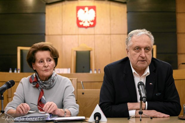 S�dziowie Trybuna�u Konstytucyjnego prof. S�awomira Wronkowska-Ja�kiewicz oraz prof. Andrzej Rzepli�ski