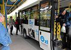 Ludzie kpią z kasowników w darmowych autobusach. Absurd?