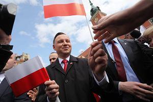 """Na prezydencie Andrzeju Dudzie ciąży piętno """"pana Adriana"""". Nowy sondaż"""
