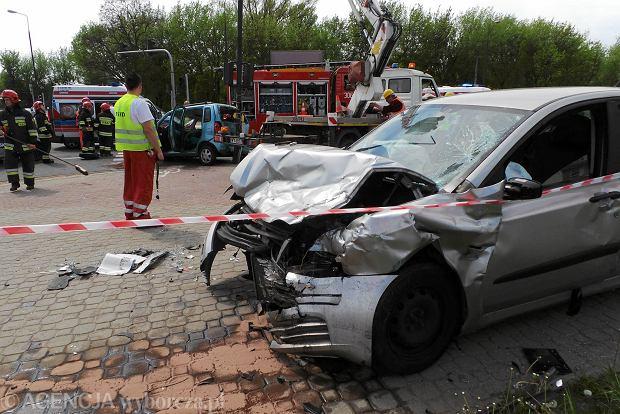 Wypadki w Warszawie. Gdzie jest niebezpiecznie [RAPORT]