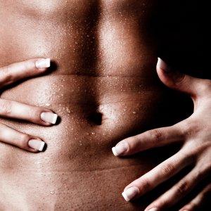 6 pozycji seksualnych optymalnych dla penisa o mniejszych rozmiarach