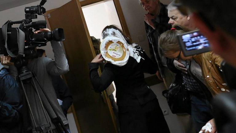 5.06.2013. Sędzia Sądu Okręgowego zaatakowana tortem w przerwie rozprawy
