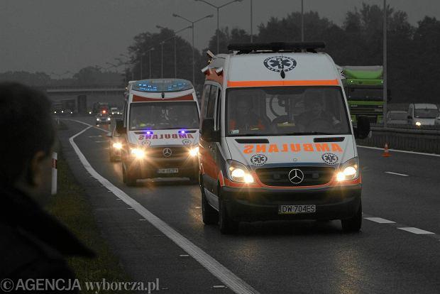 Tragiczny wypadek na autostradzie A1. Pi�� os�b nie �yje