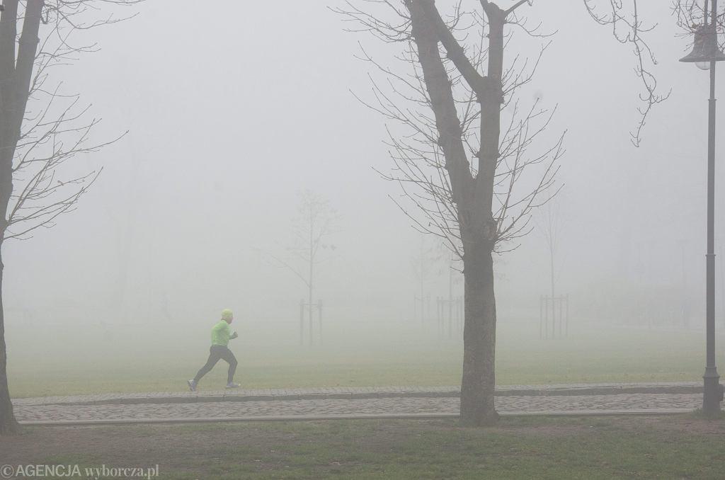 Mgła w Bydgoszczy (zdjęcie archiwalne)