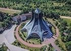 Ile kościołów powstało w Polsce po 1945 roku? Oni sprawdzili. I zebrali zaskakujące dane