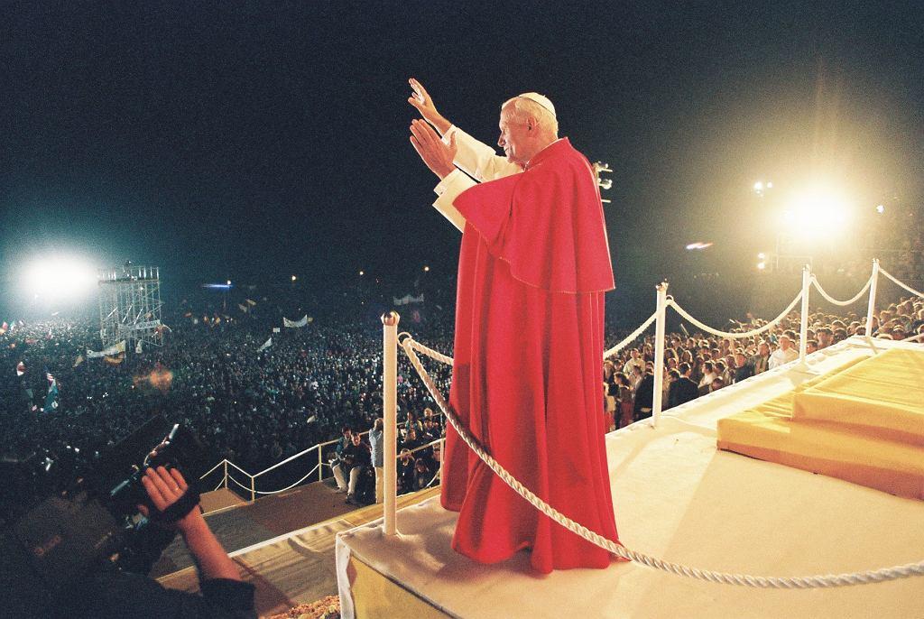 Jasna Góra, 1991 r. Papież Jan Paweł II podczas VI Światowych Dni Młodzieży