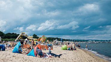 Namioty plażowe na plaży w Gdańsku