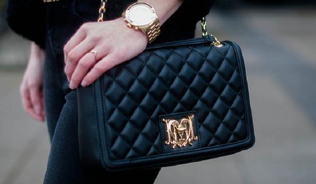 878d93f55c994 Stylowe torebki damskie od Guess, Versace, Moschino