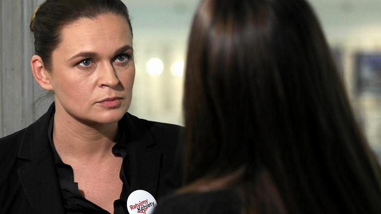 10.01.2018, Sejm, Barbara Nowacka na konferencji prasowej.
