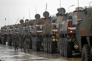 Polacy chc� armii poborowej, a nie tylko zawodowej