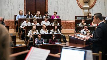 Debata oksfordzka 'Europejczycy i Europejski rozmawiają' w Sali Sejmu Śląskiego w Katowicach