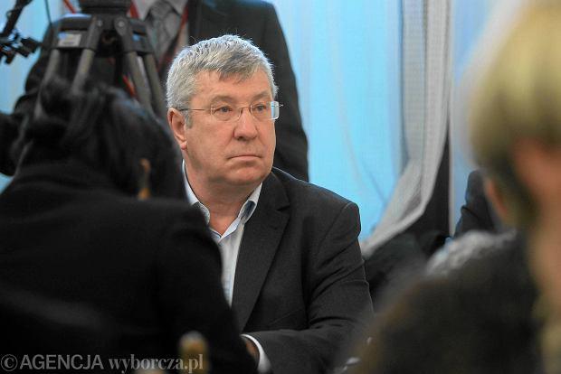 "Jan Dworak: ""Wiadomo�ci"" sta�y si� tub� propagandow�. To z�amanie ustawy"