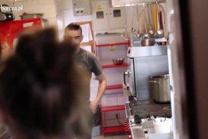 Minta od kuchni: Makrela z musztardowym sosem remoulade i brukselk�