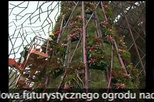 Niesamowity futurystyczny ogród powstaje w Singapurze (CNN Newsource/x-news)