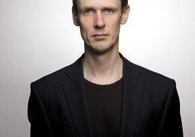 Ian Bostridge, brytyjski tenor i pisarz, wystąpi w sobotę w Warszawie