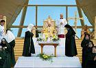 Dlaczego potrzebujemy Kościoła? Przed wizytą Papieża, 1997