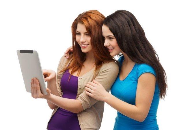Uczeni: k�amstwa i plotki rozchodz� si� w internecie szybciej ni� wiadomo�ci prawdziwe