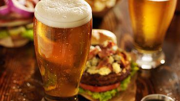 Jak dobrać typ piwa do jedzenia?