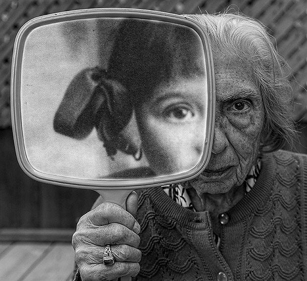 Niecodzienne zdjęcia wykonane przez syna 91-letniej matki