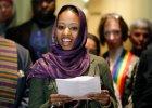 Napisała, że chrześcijanie i muzułmanie modlą się do tego samego Boga. Znana uczelnia chce się jej pozbyć