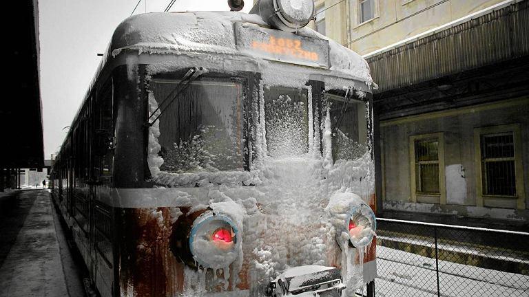 11 stycznia, pociąg na łódzkim dworcu