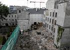 Wyburzają oficyny najstarszej kamienicy na Chmielnej