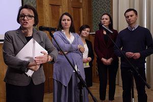 Ponad 2,3 mln zł z kancelarii premiera dla fundacji Elbanowskich i MEN. Razem będą konsultować