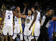 NBA. Golden State Warriors nie byli sobą, ale wygrali z Oklahoma City Thunder
