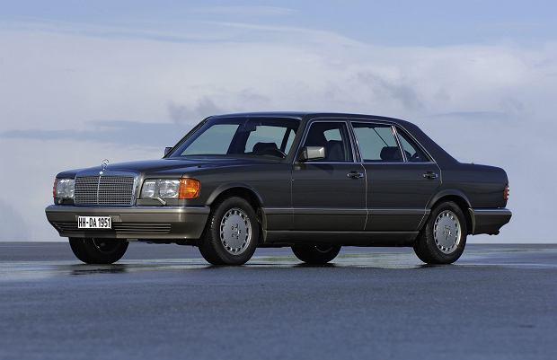 Od 1985 roku w modelach z silnikami V8 system ABS był montowany seryjnie