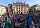 """Wielki protest w Budapeszcie. Tłum skandował: """"Viktátor!"""""""