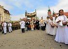 Biskupi na Bo�e Cia�o. Kardyna� Nycz robi przytyk prezesowi Kaczy�skiemu